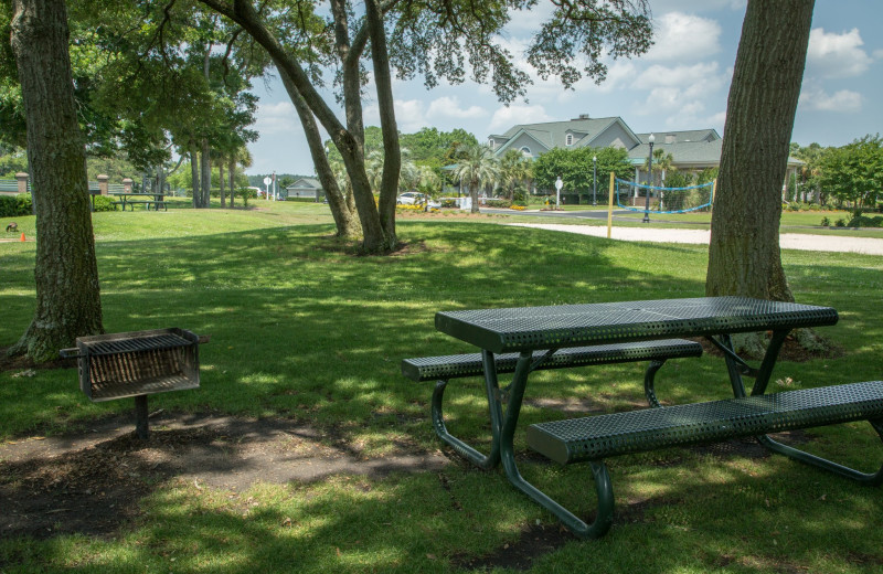 Picnic area at Holiday Inn Club Vacations South Beach Resort.