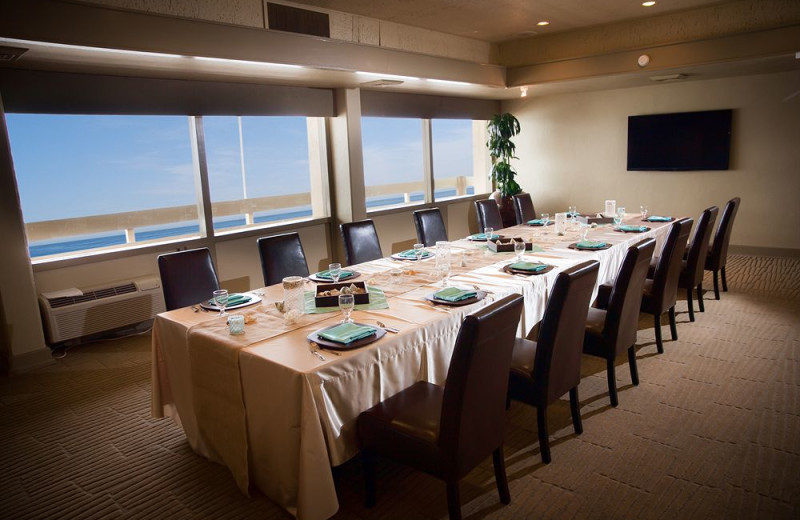 Meeting room at Monterey Tides.