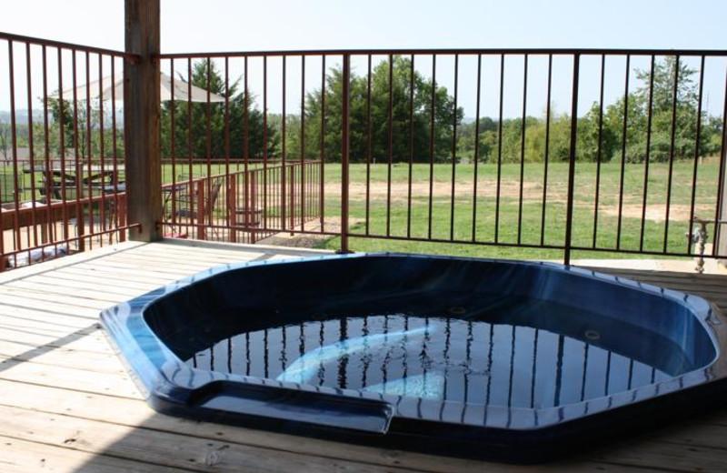 Hot tub at Outback Roadhouse Inn.