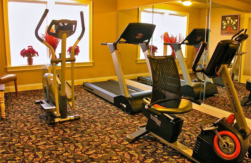 Fitness center at Oasis Suites.