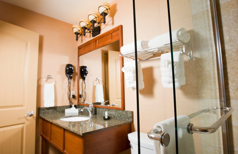 Guest bathroom at The Ridge Hotel.