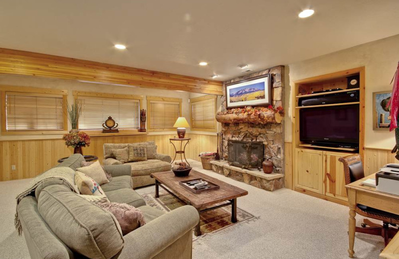 Rental living room at Alpine Ski Properties.