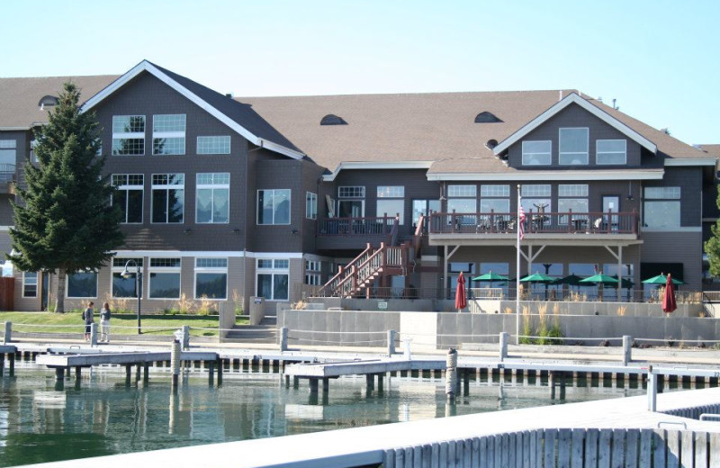 Welcome to the Best Western PLUS KwaTaqNuk Resort