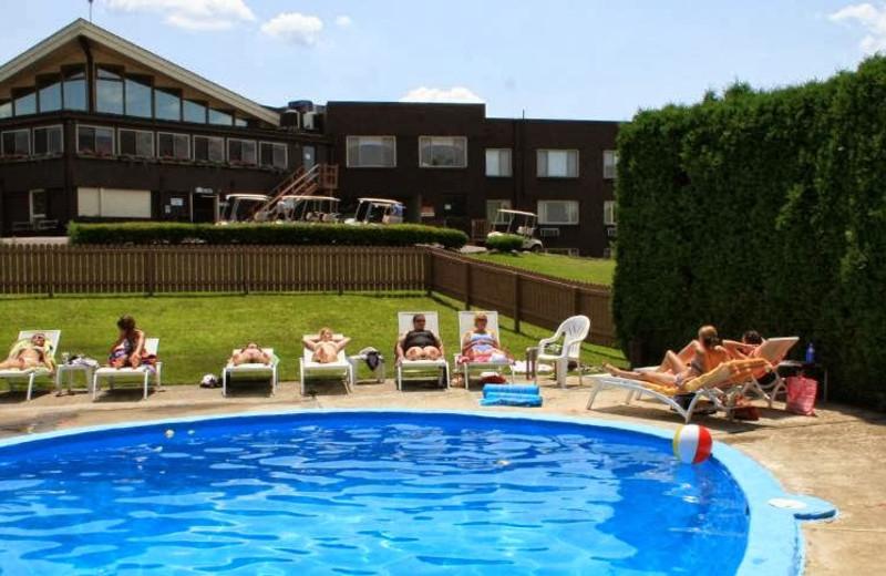 Outdoor pool at Cross Creek Resort.