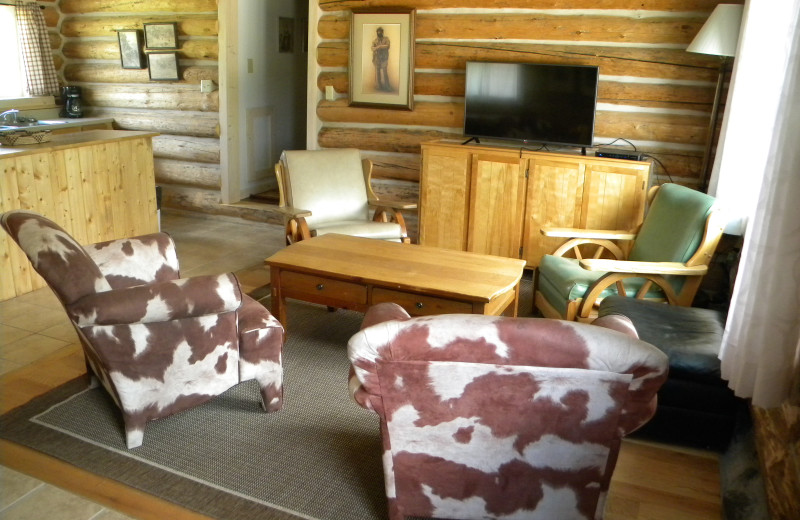 Guest living room at Trail Shop Restaurant and Inn.