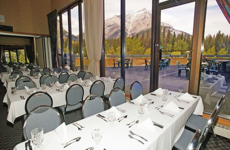 Conference room at Inns of Banff.