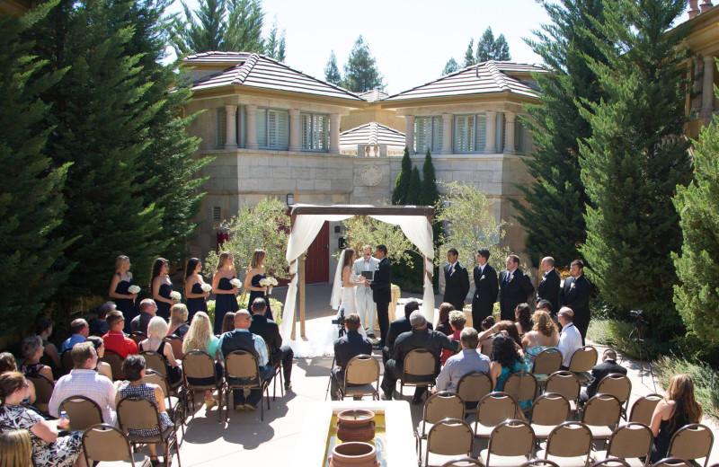Wedding at Dry Creek Inn Hotel.