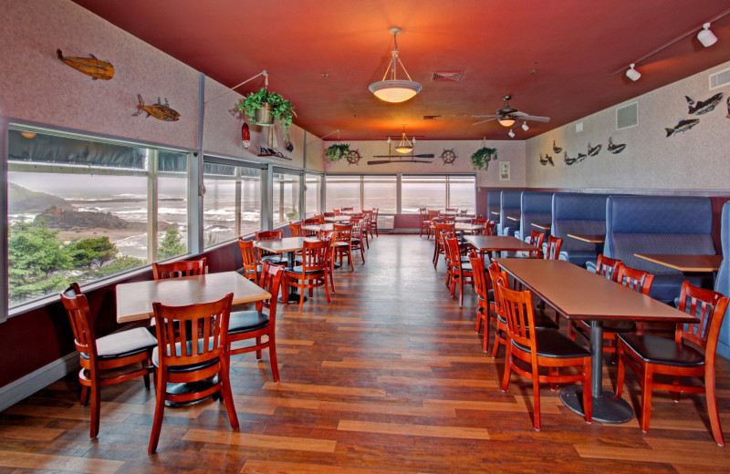 Dining at Surfrider Resort.