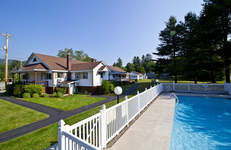 Outdoor pool at Riverbank Motel & Cabins.