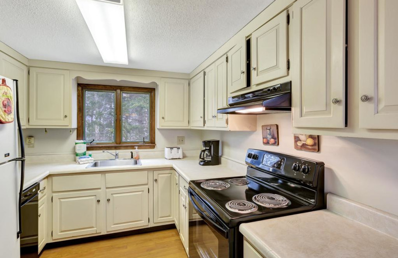Rental kitchen at Killington Rental Associates.