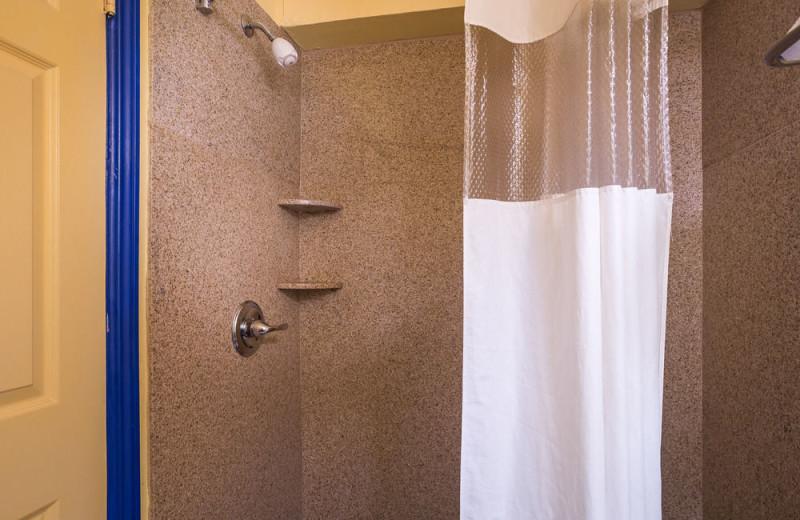 Guest shower at Aqua Breeze Inn.