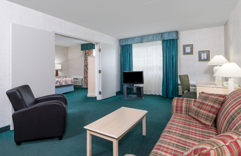 Guest suite at Ramada London.