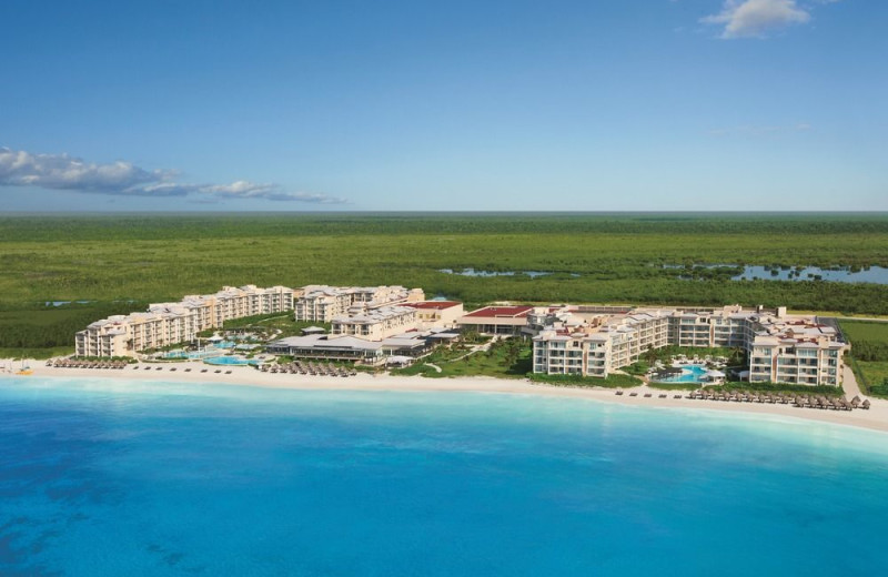 Exterior view of Now Jade Riviera Cancun.