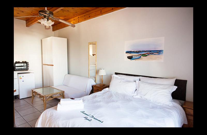 Guest room at Myoli.