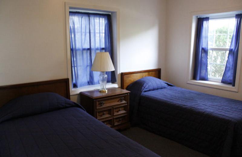 Guest room at Kentucky Beach Resort.