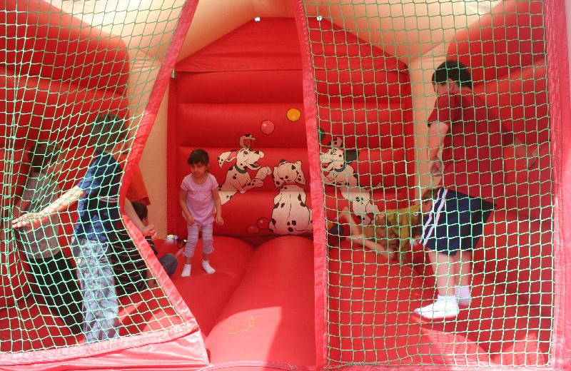 Bounce castle at Lakeside Cabins Resort.