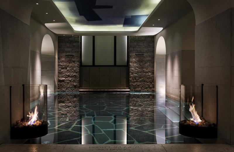 Spa pool at Grand Hôtel.
