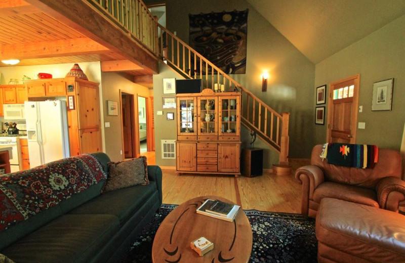 Rental living room at Sisters Vacation Rentals.
