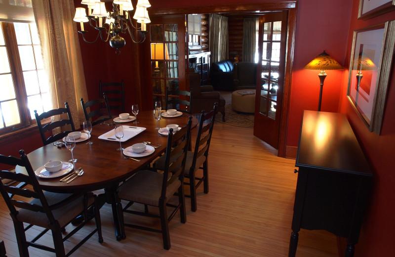 Cabin dining room at Elkhorn Manor.