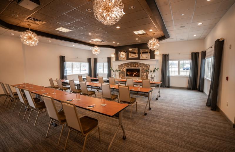 Meetings at Bay Pointe Inn Lakefront Resort.