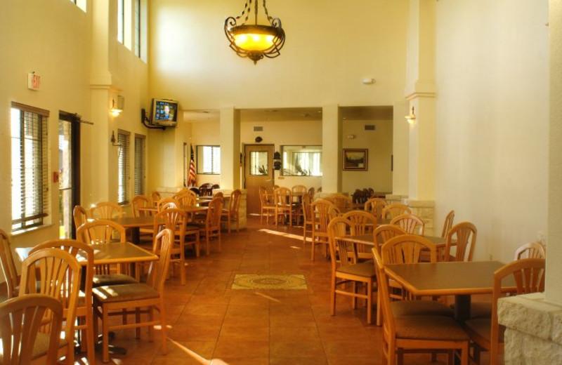 Dining room at Inn on Barons Creek.