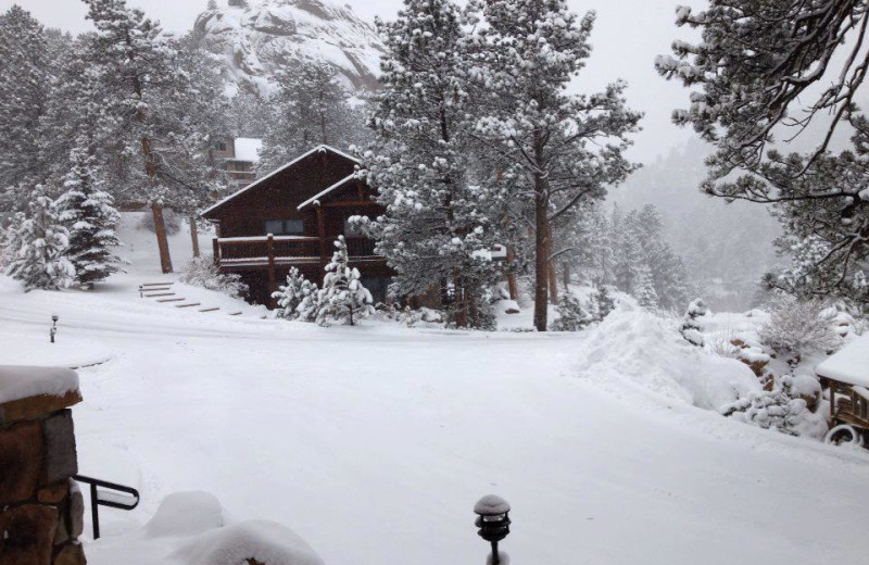 Winter time at Black Canyon Inn.