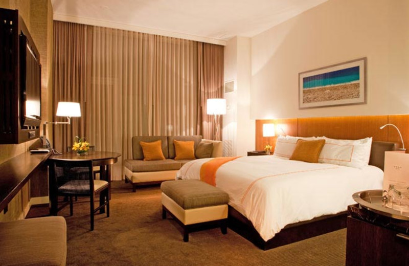 Guest Room at Hotel Arista