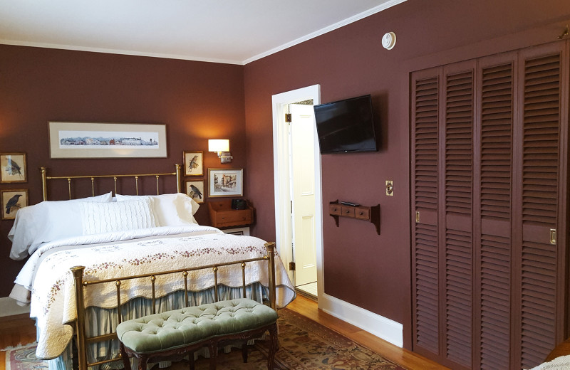 Guest room at The White House Inn.