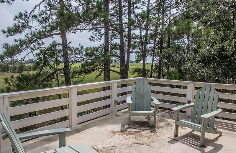 Rental balcony at Fripp Island Golf & Beach Resort.