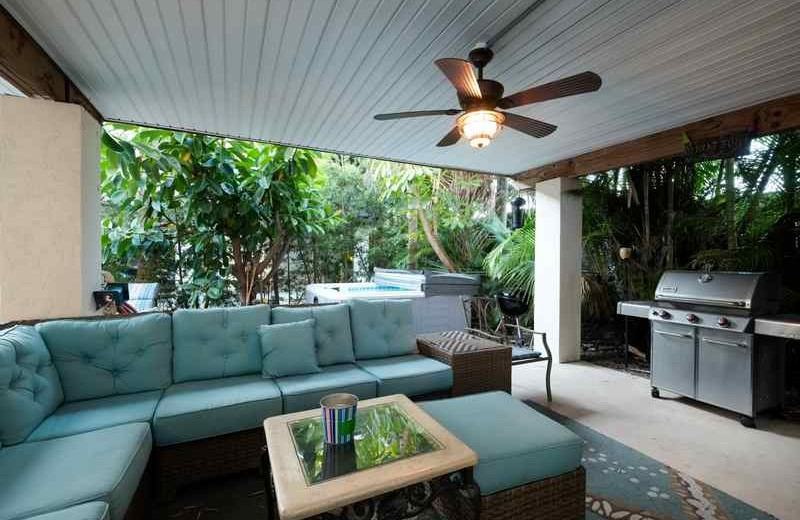 Rental patio at beachrentals.mobi. LLC.
