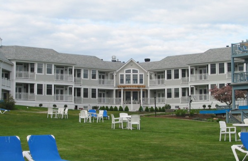 Exterior view of Beachmere Inn.