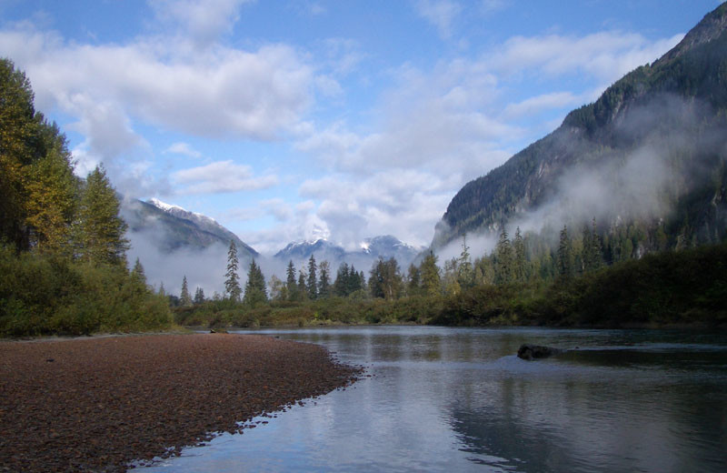 Mountain view at Z-Boat Lodge River Guides.