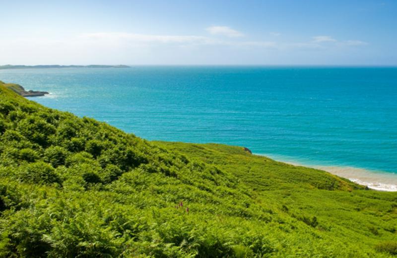 Natural Retreats Llŷn Peninsula, North Wales: looking west over Nefyn Bay.