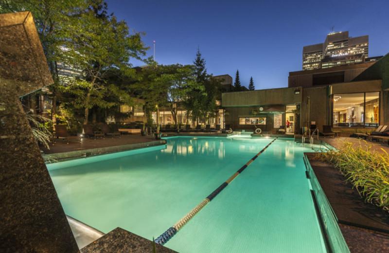 Outdoor pool at Hilton Montreal Bonaventure.