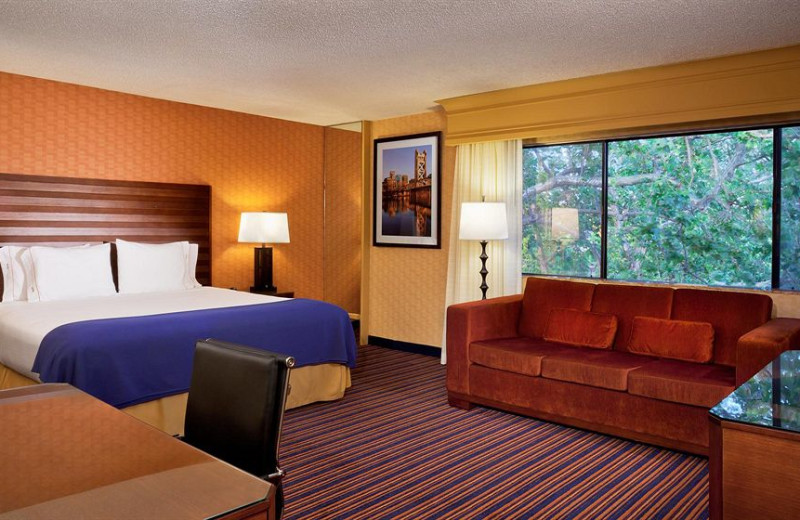 Guest room at Holiday Inn Express Downtown Sacramento.
