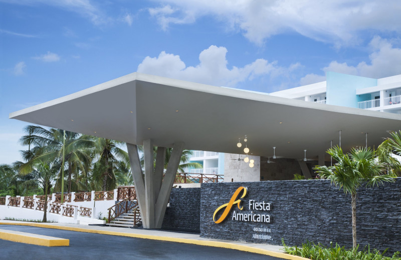 Exterior view of Fiesta Americana Cozumel Dive Resort.