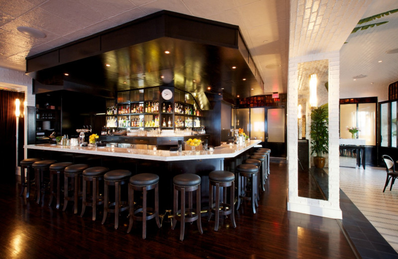 The bar at Thompson Beverly Hills.