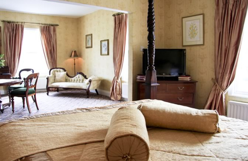 Guest room at Tullylagan Manor.