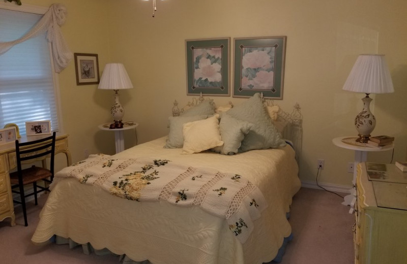 Rental bedroom at Door County Vacancies.