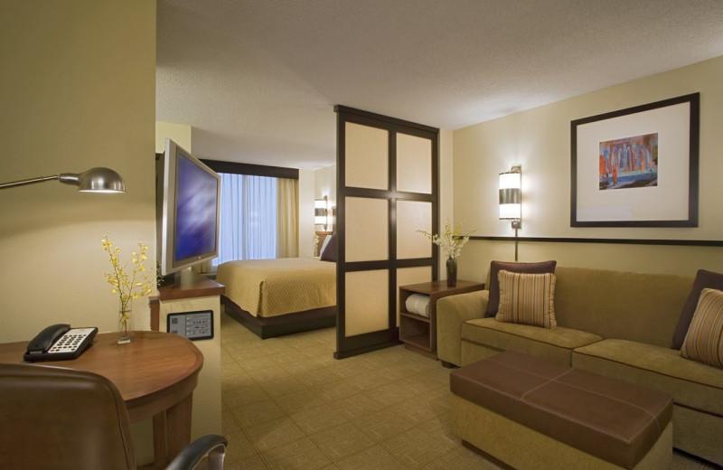 Guest room at Hyatt Place Livonia.