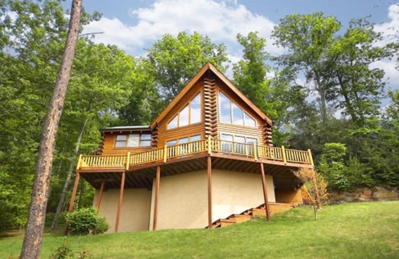 Pigeon Forge Vacation Rentals - Cabin - The Original American Dream