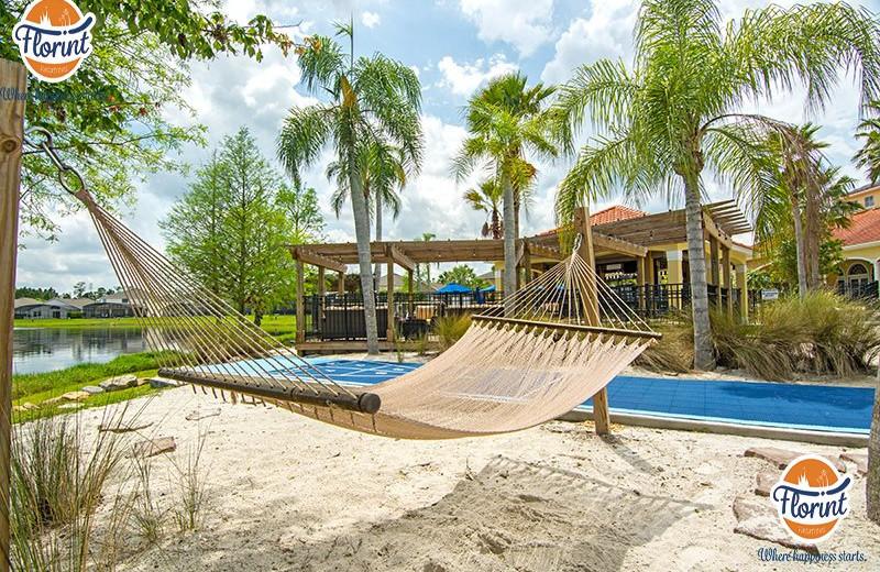 Rental hammock at Florint Vacations.