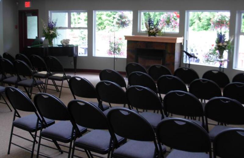 Conference at Honeymoon Bay Lodge & Retreat.