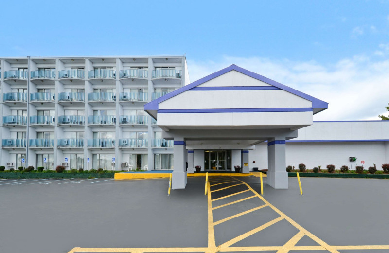 Exterior view of America's Best Value Inn - Benton Harbor.