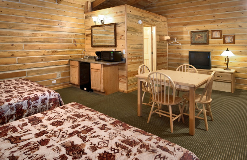Cabin guest room at Rock Crest Lodge & Cabins.