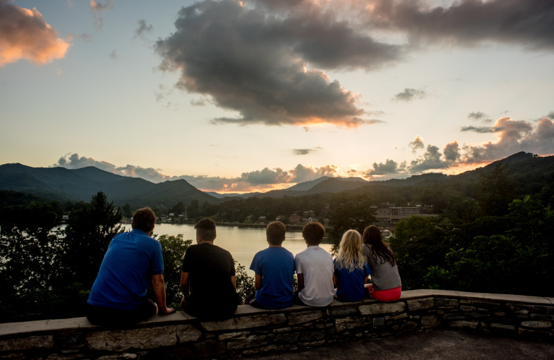 Immerse yourself in the Lake Junaluska experience with family and friends.