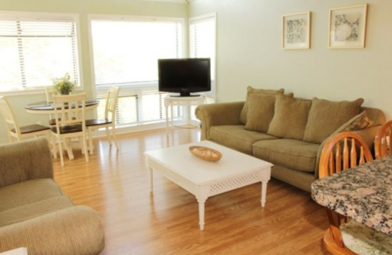 Living Room Area in Affordable Vacation Rentals