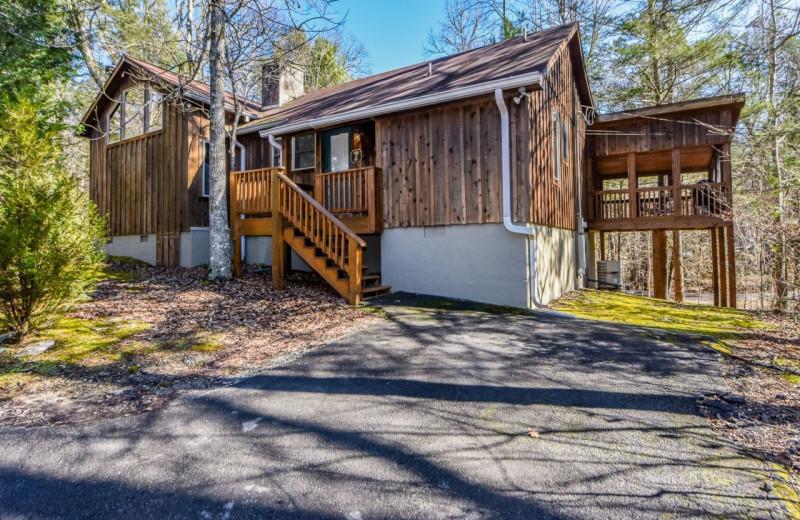 Cabin exterior at Dogwood Cabins LLC.