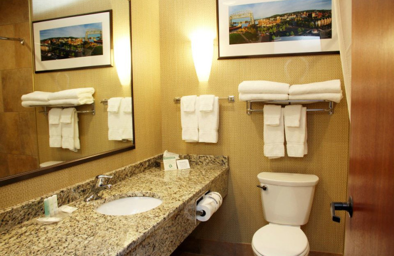 Guest bathroom at Comfort Suites Canal Park.