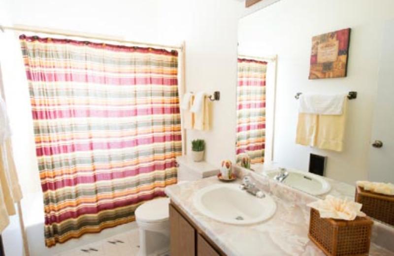 Guest Bathrooms at Adventure Inn